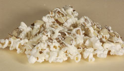 White Chocolate with Toffee and Almonds Popcorn 2oz Bag